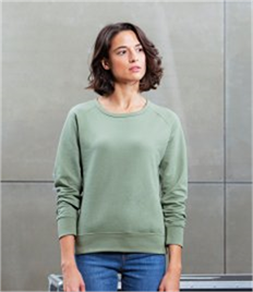 Mantis Women's Favourite Sweatshirt